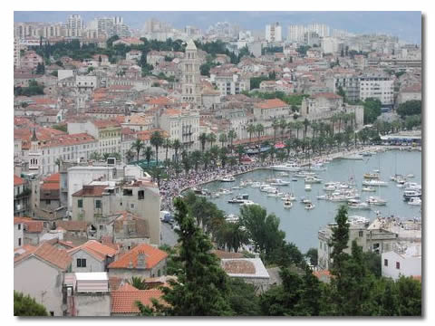 Split, Gorans home town, anxiously awaits the return of their Wimbledon hero, July 2001